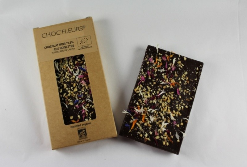 Tablette de chocolat noir 71.5% aux noisettes