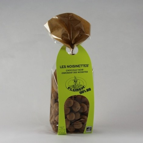 Les noisinettes chocolat enrobant des noisettes